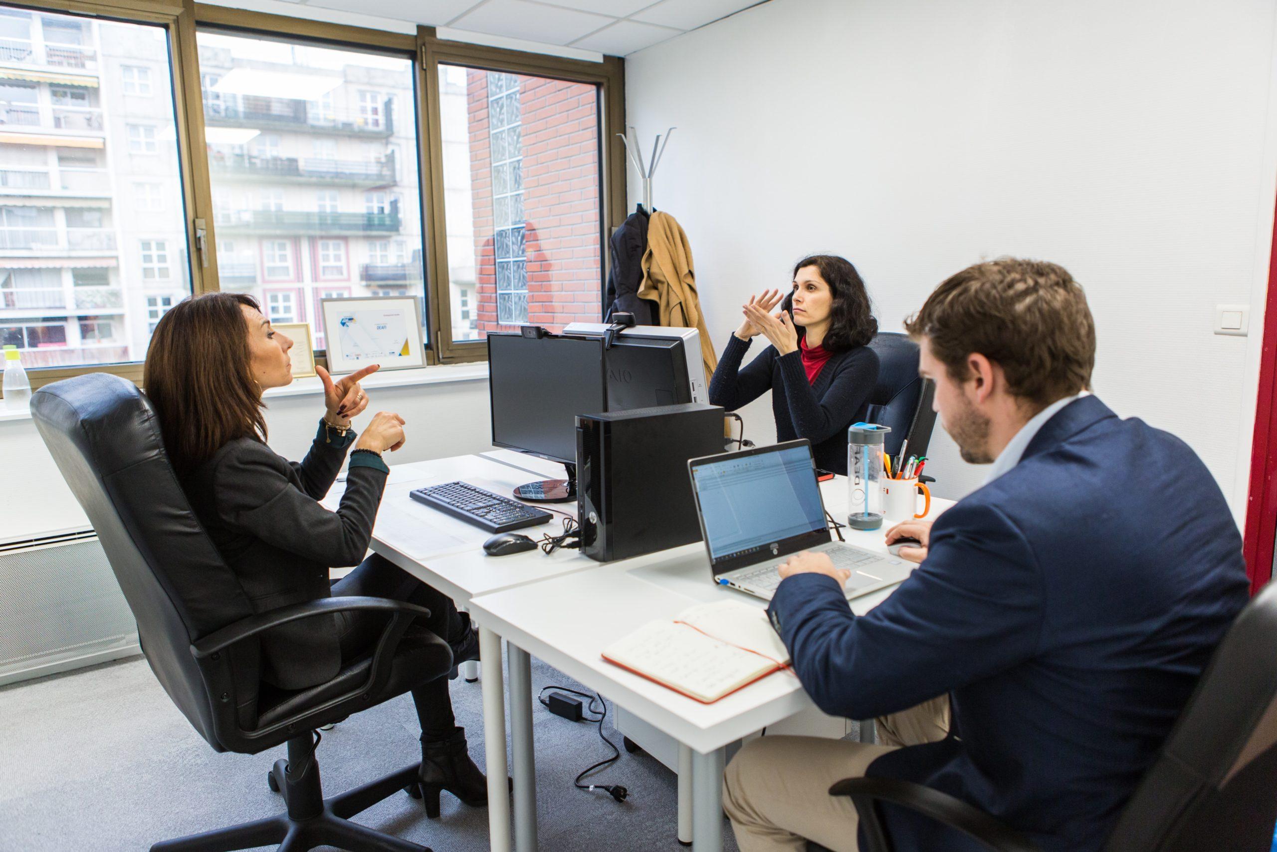 Quels sont les avantages de travailler avec une entreprise adaptée comme Deafi ?
