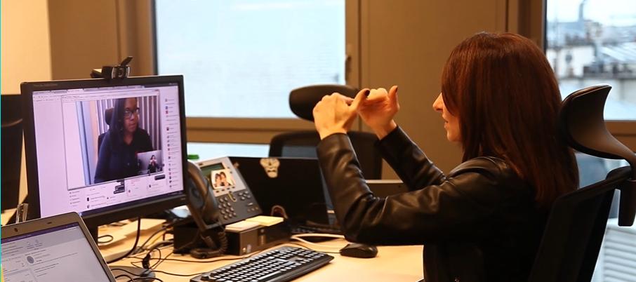 À l'occasion de la journée mondiale des sourds, retrouvez le témoignage de Delphine SOYER une superviseure chez Deafi